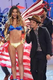 Bruno Mars Victoria Secret